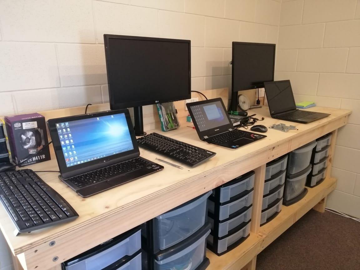 Computer Repair Specialists Workbench